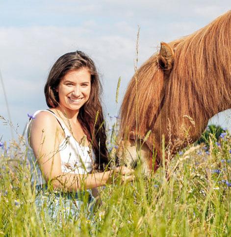 Pferdegespräch-Tierkommunikation-Pferdekommunikation-Tierkommunikation-Pferd